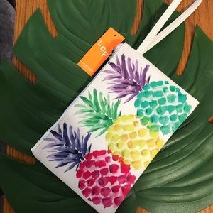 Tropical Pineapple Wristlet clutch pouch NWT